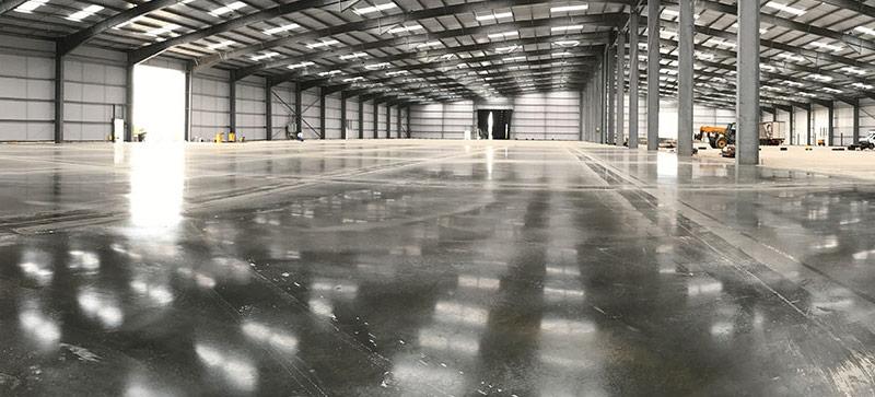 Comment faire un dallage en béton pour un hangar agricole